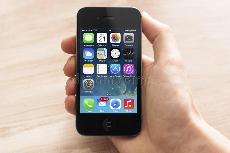 Iphone met nieuwe ios 7 royalty-vrije stock afbeeldingen