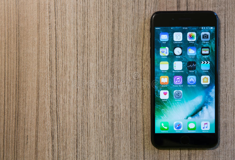 IPhone 7 Plus lizenzfreie stockfotos
