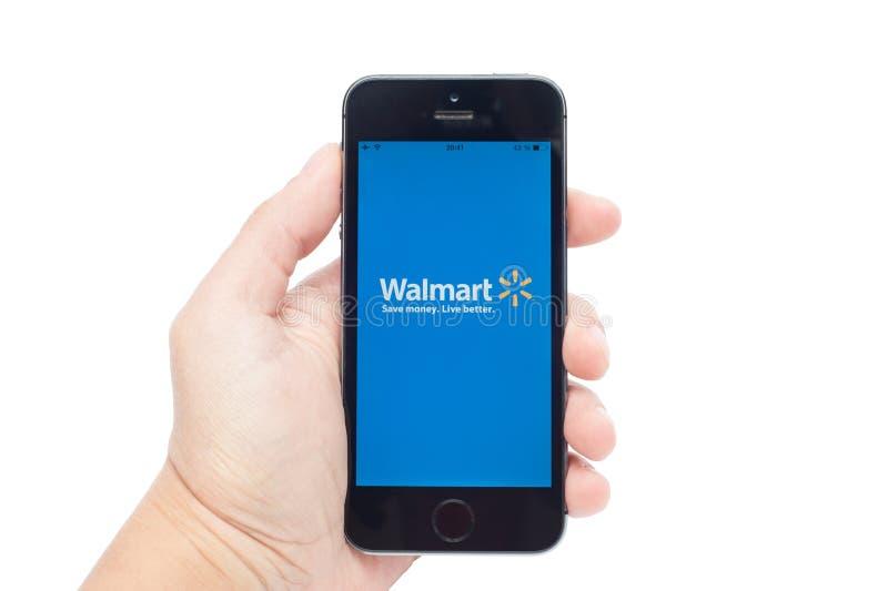 IPhone 5S avec Walmart image stock