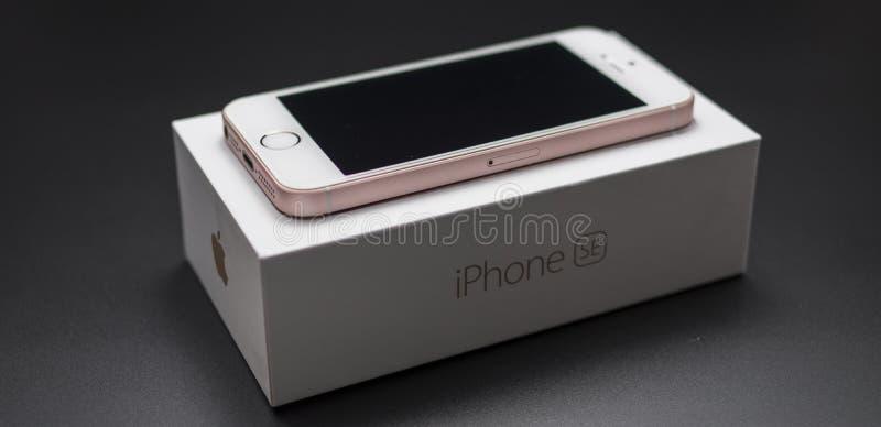Iphonese nieuwe Rose Gold royalty-vrije stock afbeeldingen