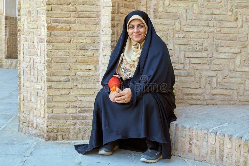 Irańska kobieta w Tabatabaei dziejowy domowy Kashan, Iran fotografia stock