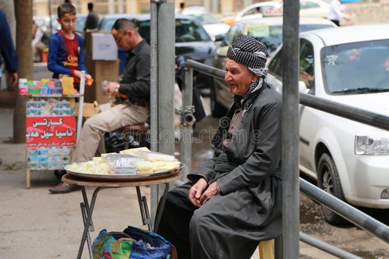Iraakse Oude Mens in Koerdische Kleding, Sulaimania, Irak stock afbeelding