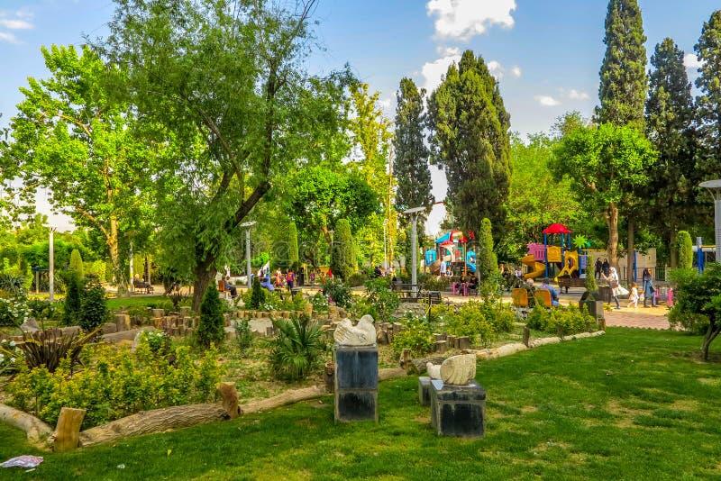 Iraans de Kunstenaarspark 01 van Teheran stock foto