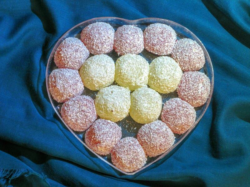 Iraanse Snoepjes in de vorm van een hart royalty-vrije stock fotografie