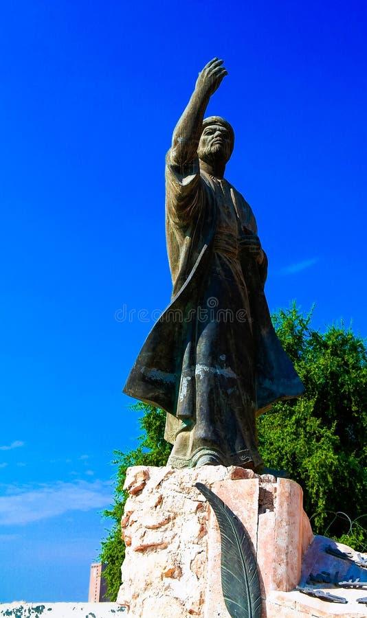 Irakijska poety al statua przy końcówką Mutanabbi ulica, b zdjęcie stock