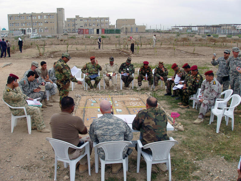 Irakisches nationale Polizei-Training lizenzfreies stockfoto