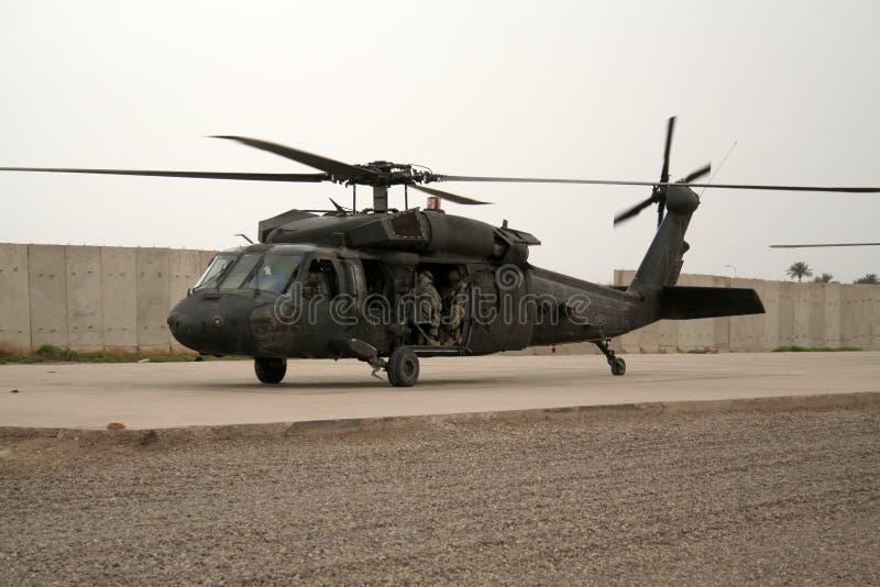 Iraku śmigłowcowi żołnierzy. zdjęcie stock