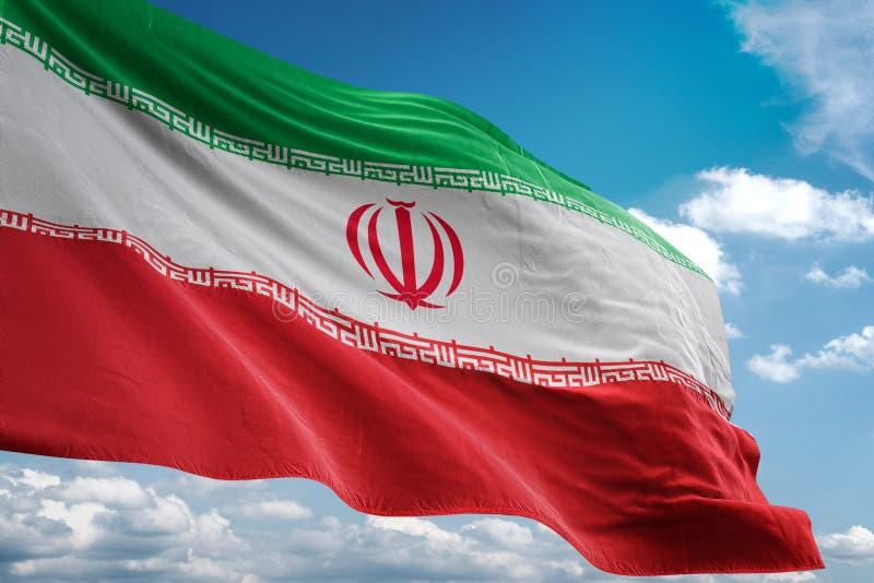 Iran flaga państowowa falowania niebieskiego nieba tła realistyczna 3d ilustracja royalty ilustracja
