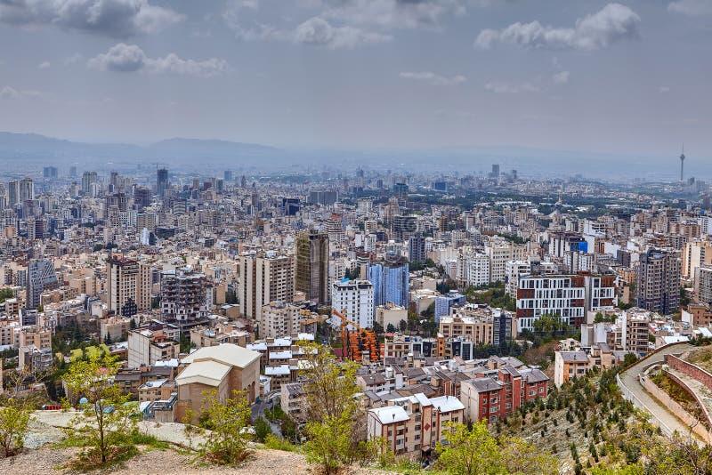 Iran, Teheran, podwyższona miasto linia horyzontu od obserwacja pokładu w mou obrazy royalty free