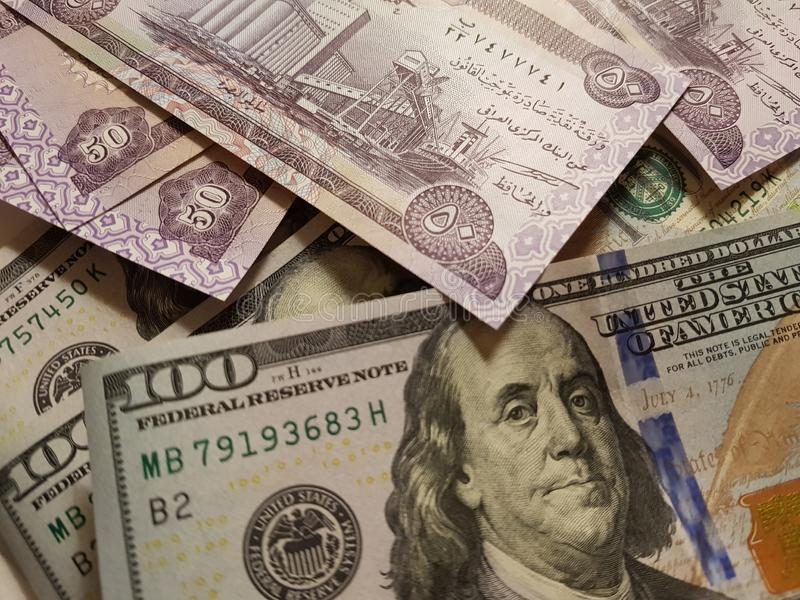 Iraq and the United States Join in the trade and economy, banknotes Use it as a Forex or Financial.  stock images