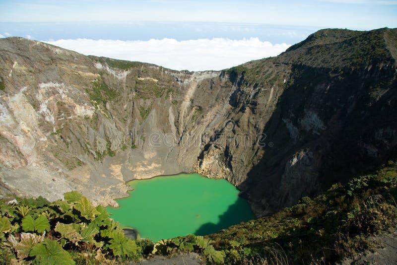 Irazu Volcano Crater stockbilder
