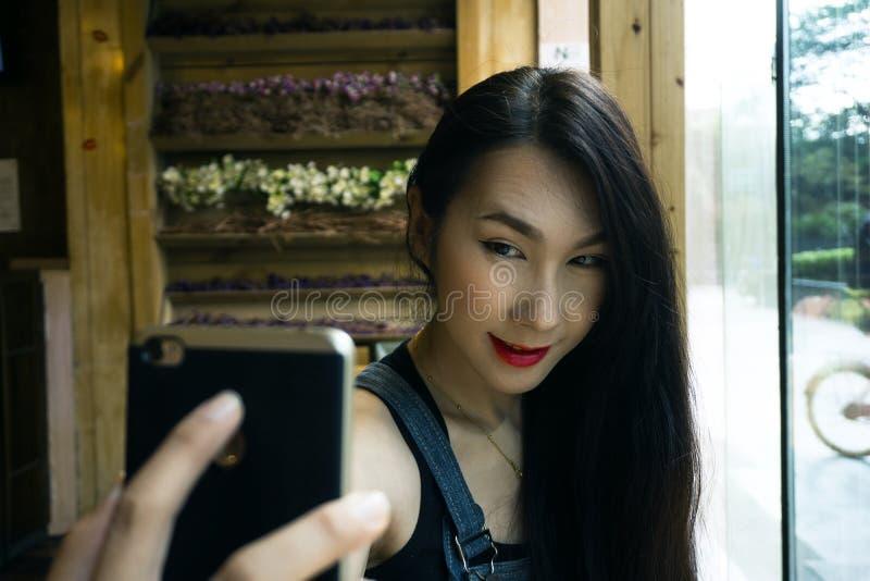 Irene Portrait Shoot i Sichuan, Kina - en arvstad arkivfoton