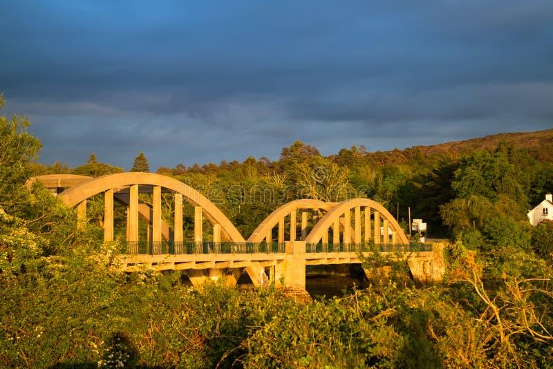 Irische Brücke lizenzfreies stockfoto