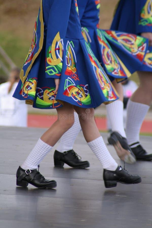 Irische Tanzenfahrwerkbeine lizenzfreie stockbilder