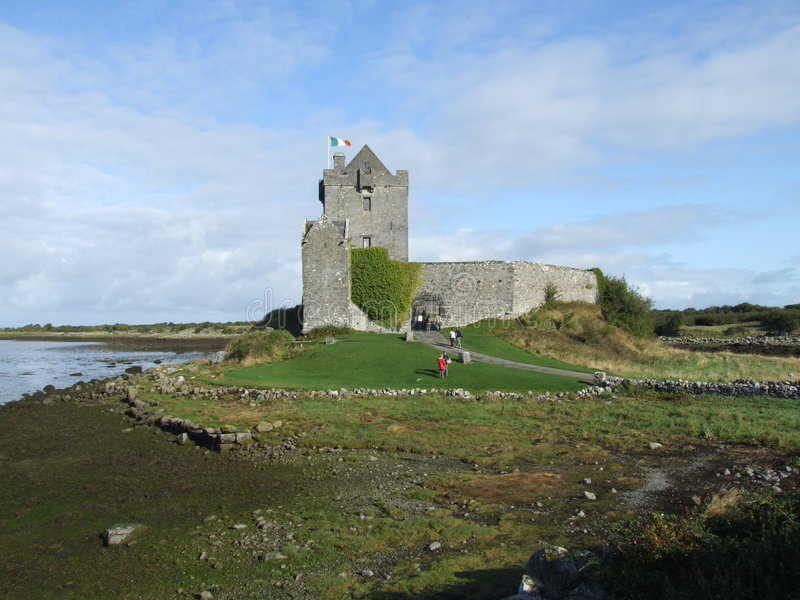 Download Irish castle stock image. Image of defense, monument, ireland - 2767091