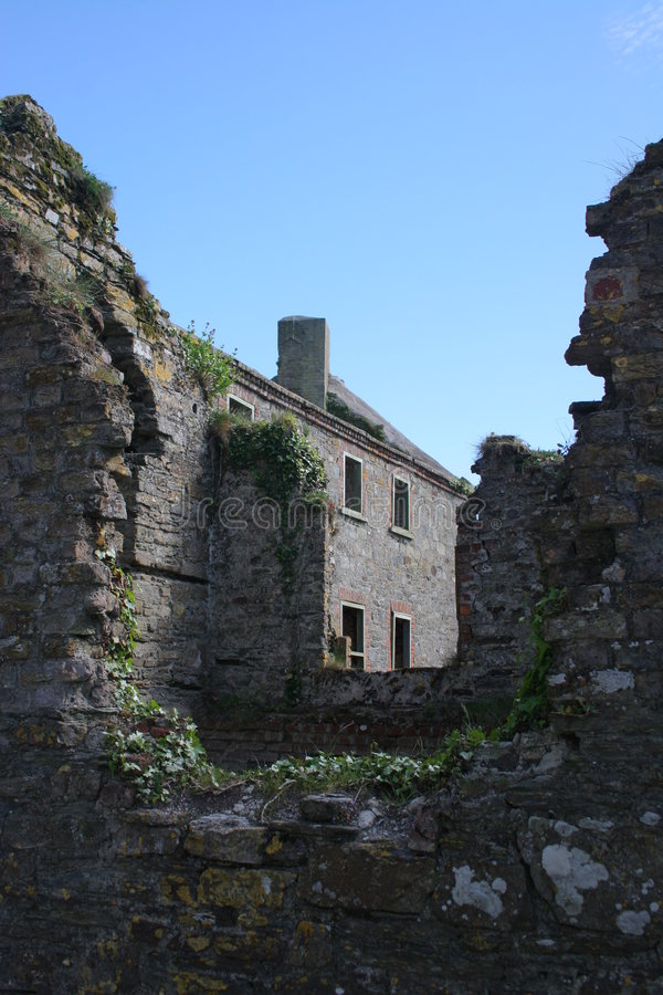 Irish House and Ruines royalty free stock images