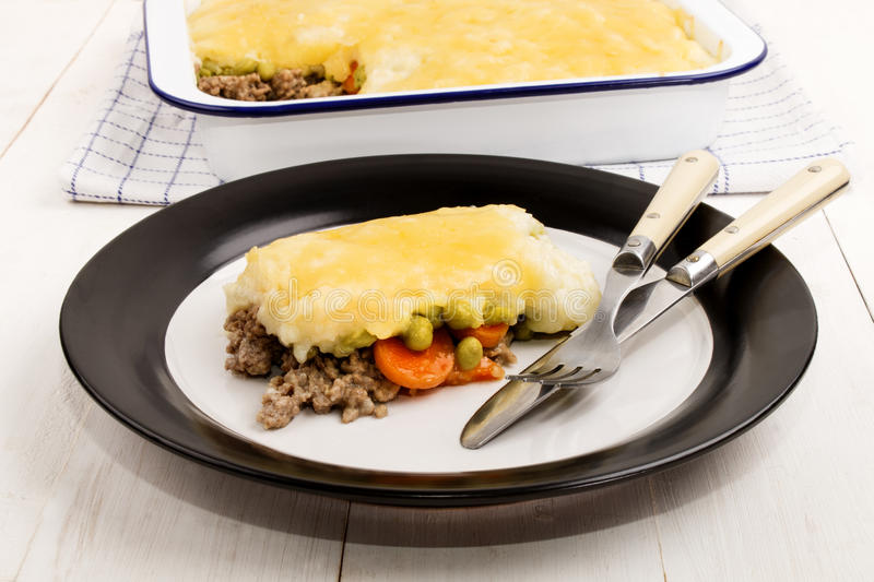 Download Irish Shepherds Pie With Melted Cheddar Cheese On A Plate Stock Image - Image of & Irish Shepherds Pie With Melted Cheddar Cheese On A Plate Stock ...