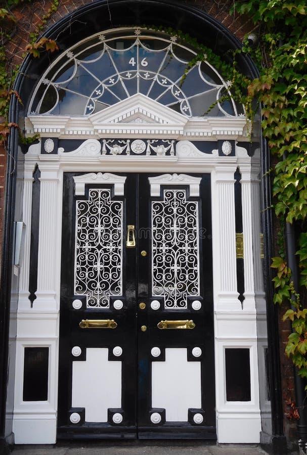 Irländare Dublin Door arkivfoto