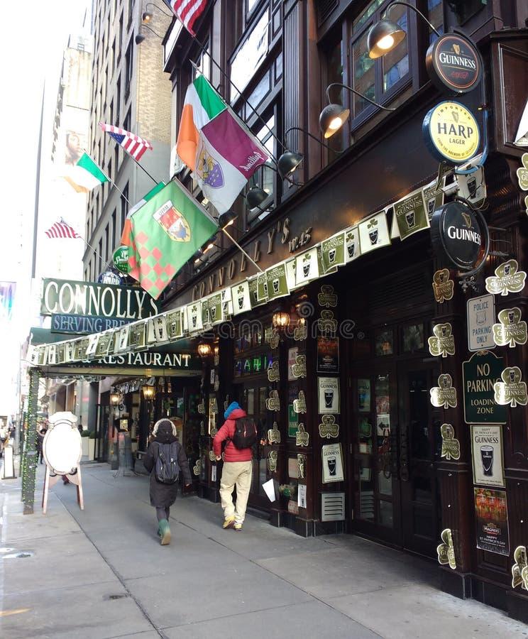 Irländsk bar och restaurang, NYC, NY, USA arkivfoto