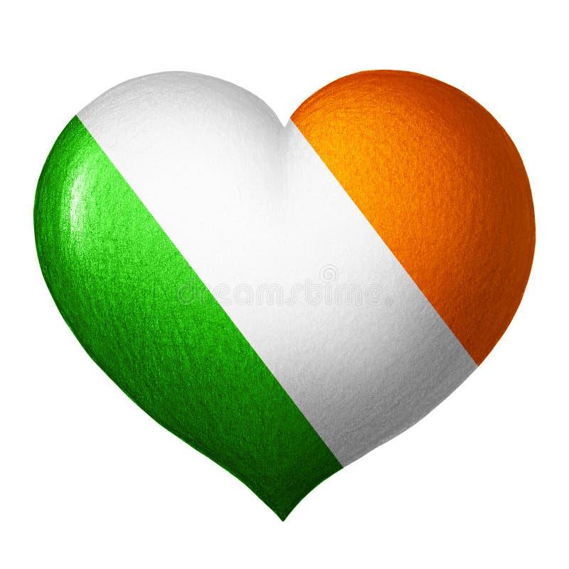 Irländsk flaggahjärta som isoleras på vit bakgrund white för tree för bakgrundsteckningsblyertspenna royaltyfri illustrationer