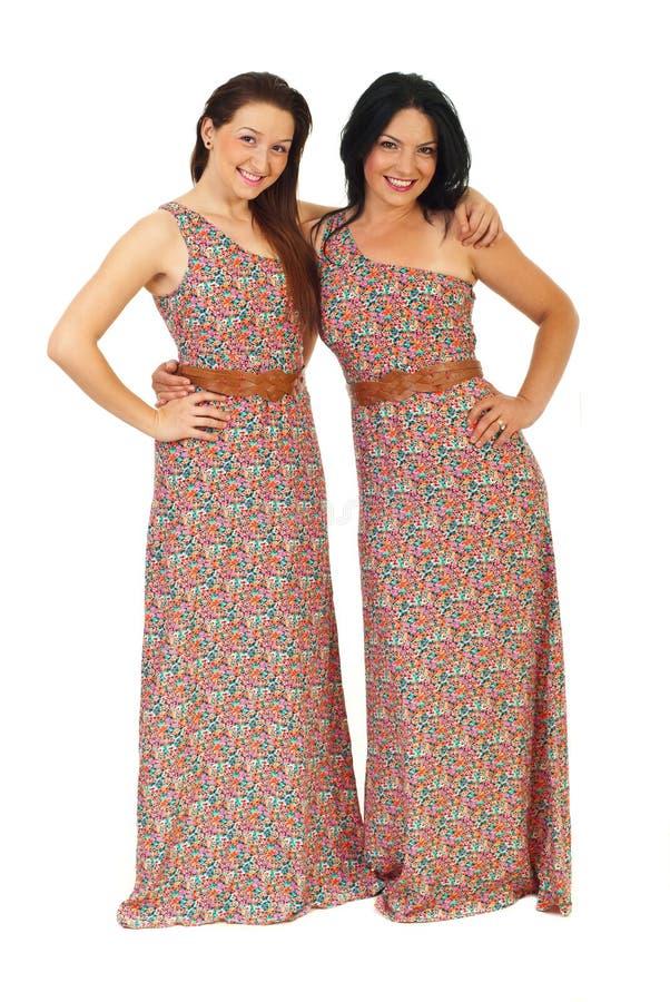 Irmãs bonitas felizes foto de stock royalty free