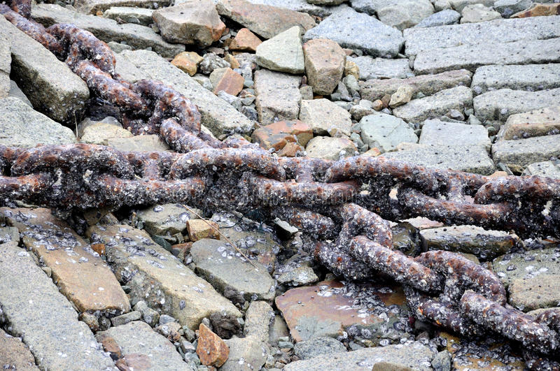 Download Iron Chain Cross On Brick Ground Royalty Free Stock Images - Image: 27887119