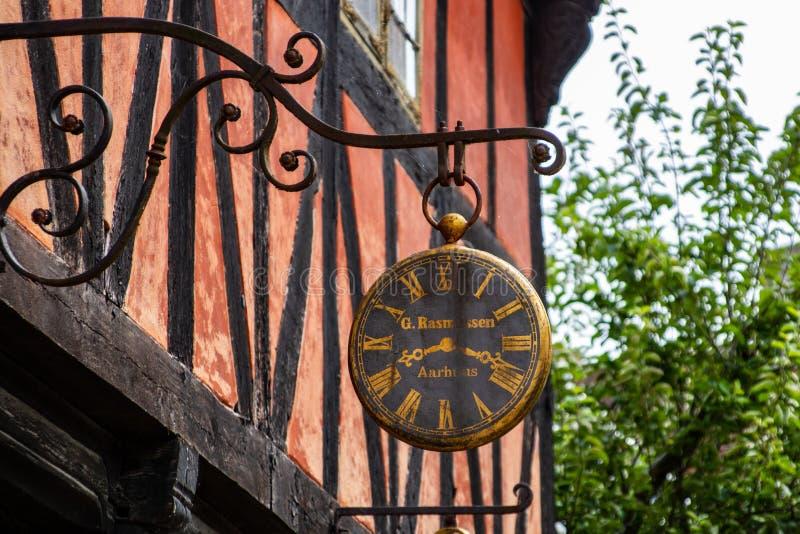 Iron, Clock, Metal, Tree Free Public Domain Cc0 Image
