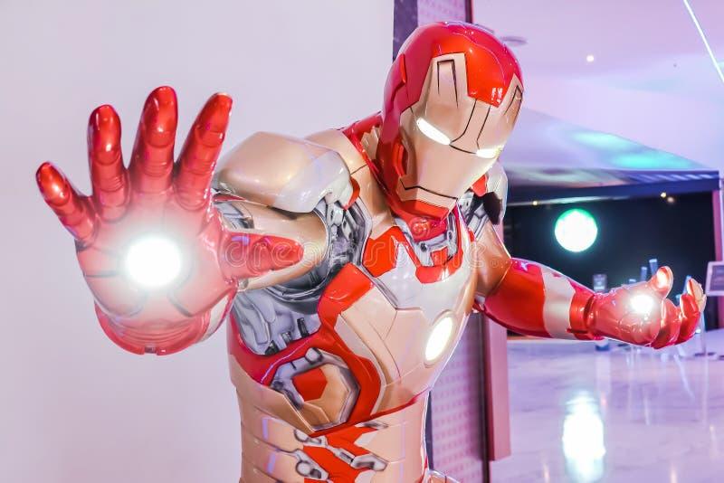Iron Man-het model toont in de tentoonstellingscabine van Wrekersendgame bij meer emquartier, is Iron Man een fictieve superhero  royalty-vrije stock afbeelding