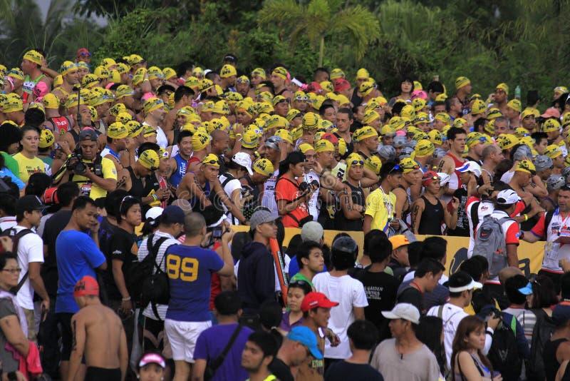 ironman菲律宾赛跑启动游泳 库存图片