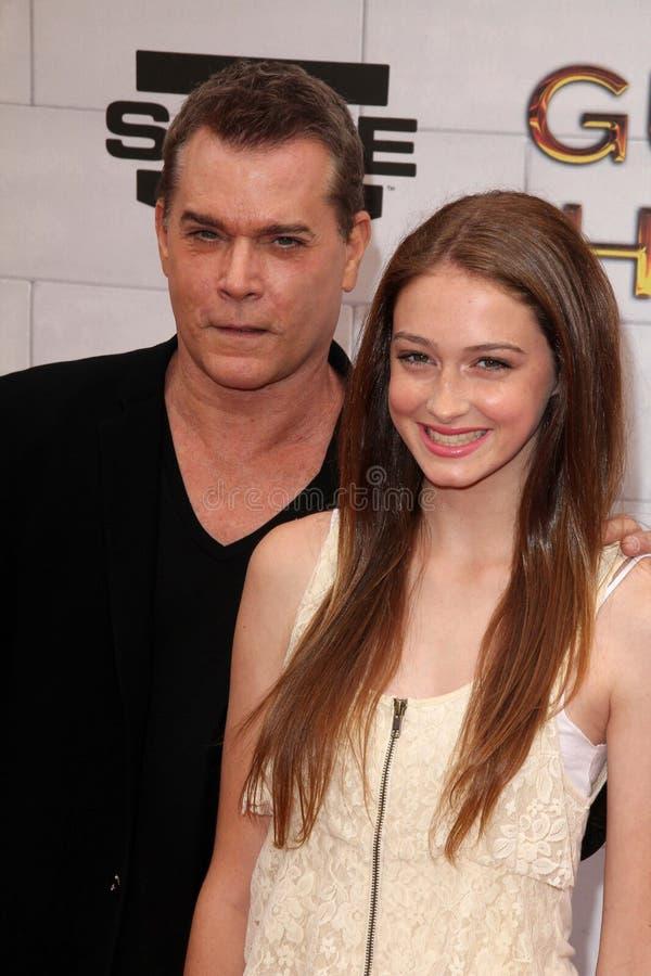 Irradie Liotta y a la hija en el punto TV 2012   fotografía de archivo
