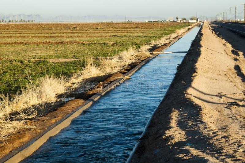 irrigation de canal photos stock
