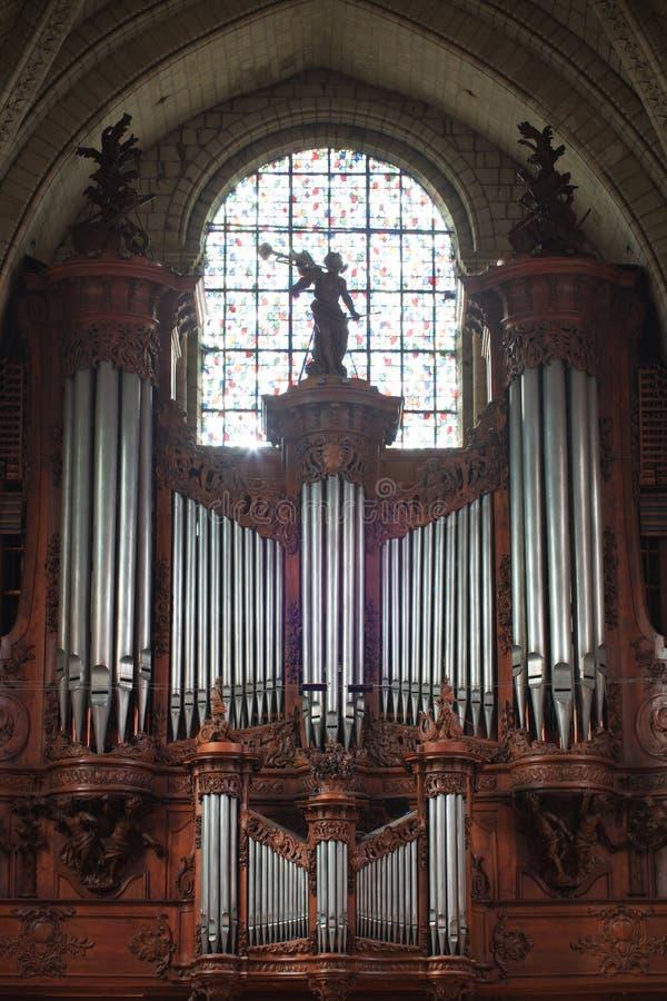 Irrita a catedral, fim do órgão de tubulação acima fotos de stock royalty free