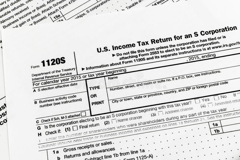 IRS формирует налоговую декларацию 1120S Мал Налога на доходы корпораций стоковые изображения