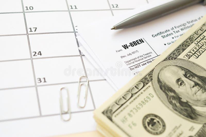 IRS-formulier W-8BEN Certificaat van de buitenlandse status van uiteindelijk gerechtigde voor belastinginhouding en -rapportage d stock afbeelding