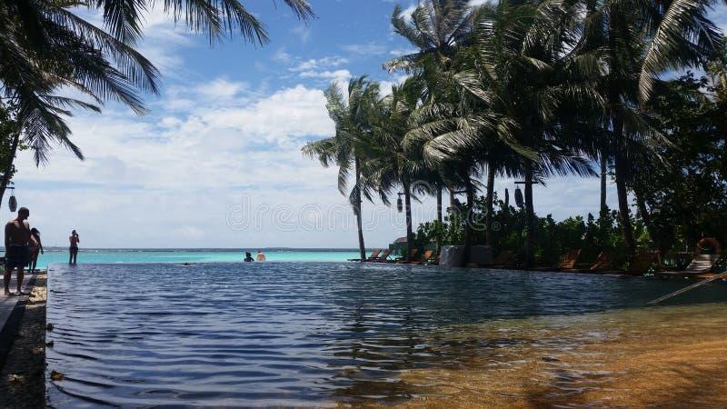 Irufushi de Sião do sol de Maldivas imagem de stock royalty free