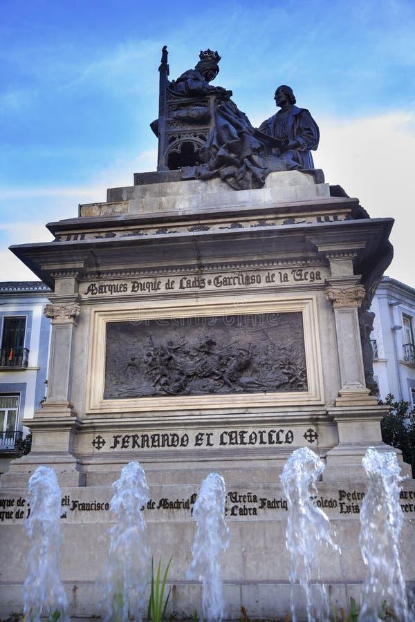 Isabella 1492 com Columbus Statue Fountain Built Granada 1892 foto de stock