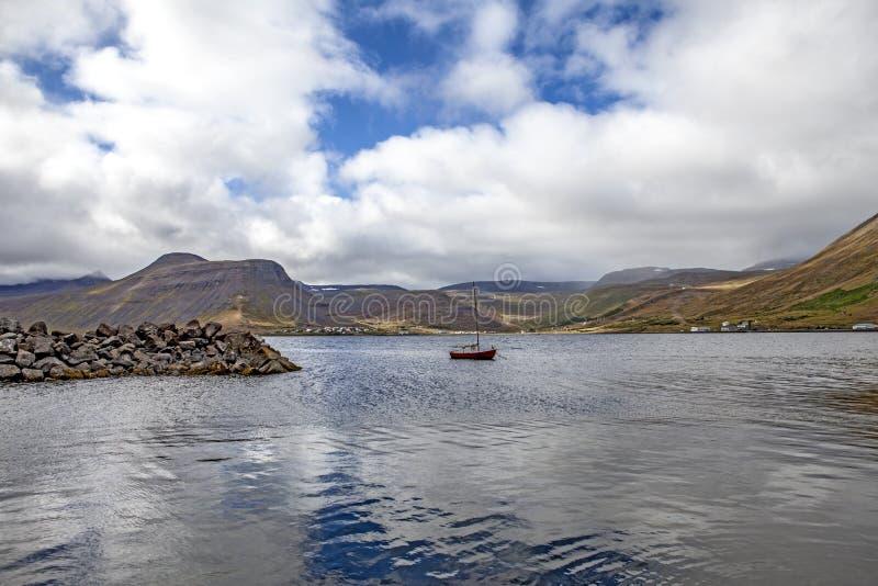 Isafjordur_iceland arkivfoto