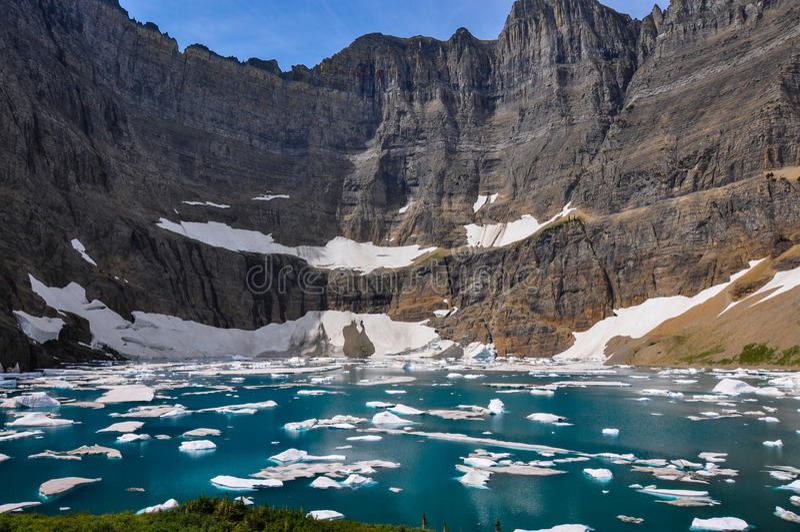 Isbergslinga i glaciärnationalparken, Montana, USA royaltyfri foto