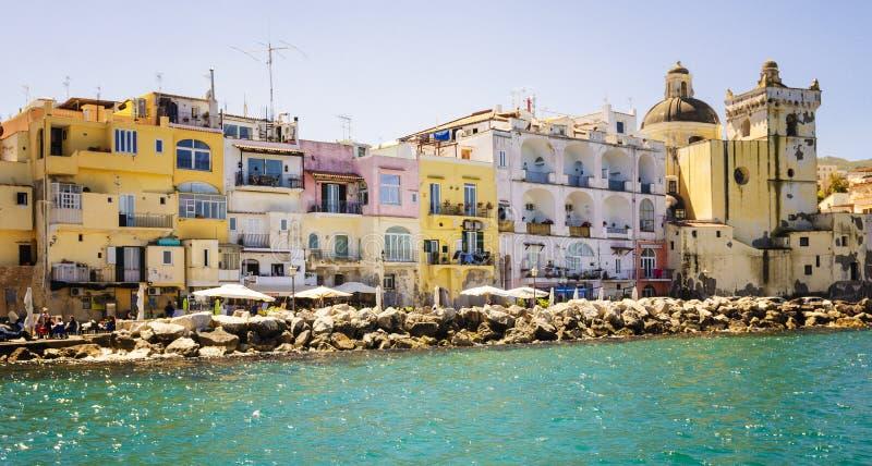 Ischia most i marina wioska na wyspie Ischia, zatoka Naples fotografia royalty free