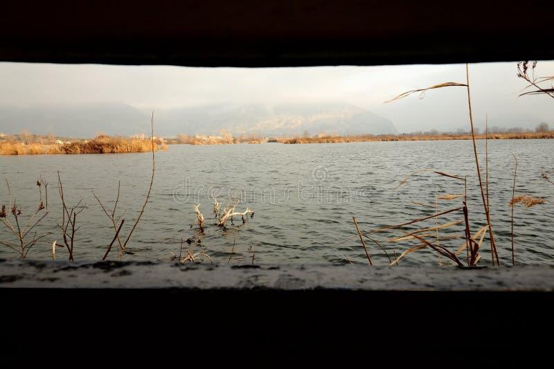 Iseo See an der Dämmerung stockbild