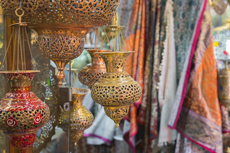 ISFAHAN, IRAN - OCTOBER 06, 2016: Traditional iranian market Ba. Zaar metal souvenires, lamps stock images