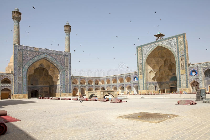 Non Muslim Perspective On The Revolution Of Imam Hussain: IMAM KHOMEINI MOSQUE ISFAHAN Stock Photo