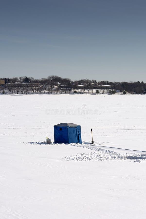 Isfiskekoja, sjö Calhoun, Minneapolis, Minnesota, USA royaltyfri foto