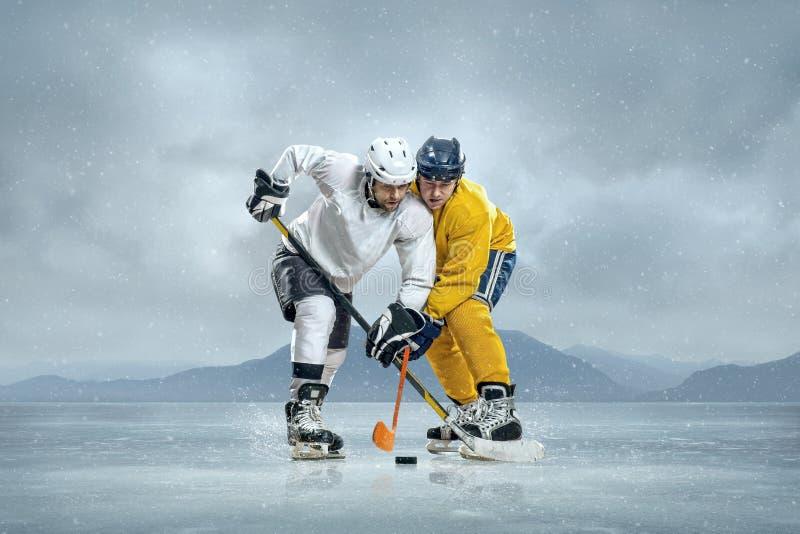 Ishockeyspelare arkivbilder