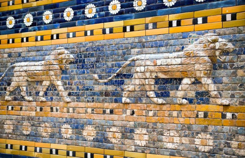 Ishtar port från Babylon i det Pergamon museet, Berlin - Tyskland arkivbild