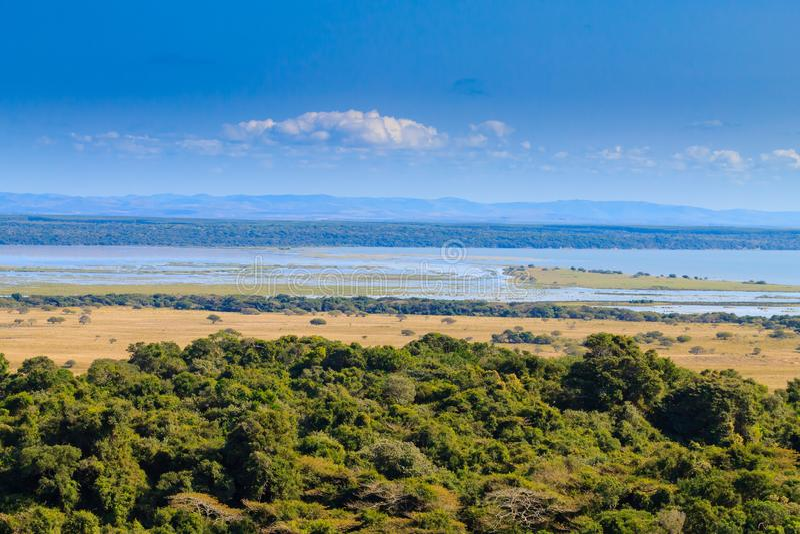 Isimangaliso våtmark parkerar landskap royaltyfria foton