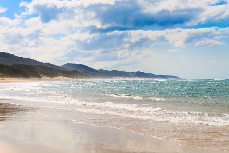 Isimangaliso våtmark parkerar stranden, Sydafrika royaltyfri fotografi