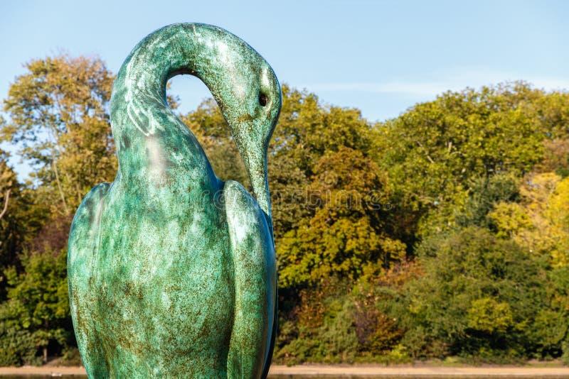 Isis铜雕塑在海德公园 免版税图库摄影
