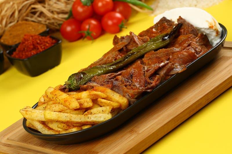 Iskender/Turks Traditioneel Voedsel royalty-vrije stock afbeeldingen