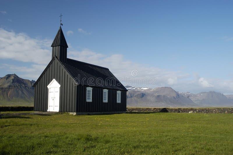 Download Isländische Kirche stockfoto. Bild von wiesen, island, schwarzes - 26292